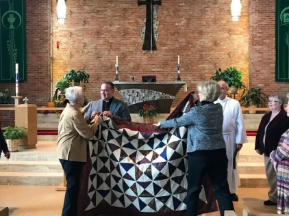 Bilingual Worship-Quilters